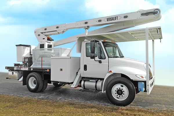 Versalift VO-270 flatbed bucket truck