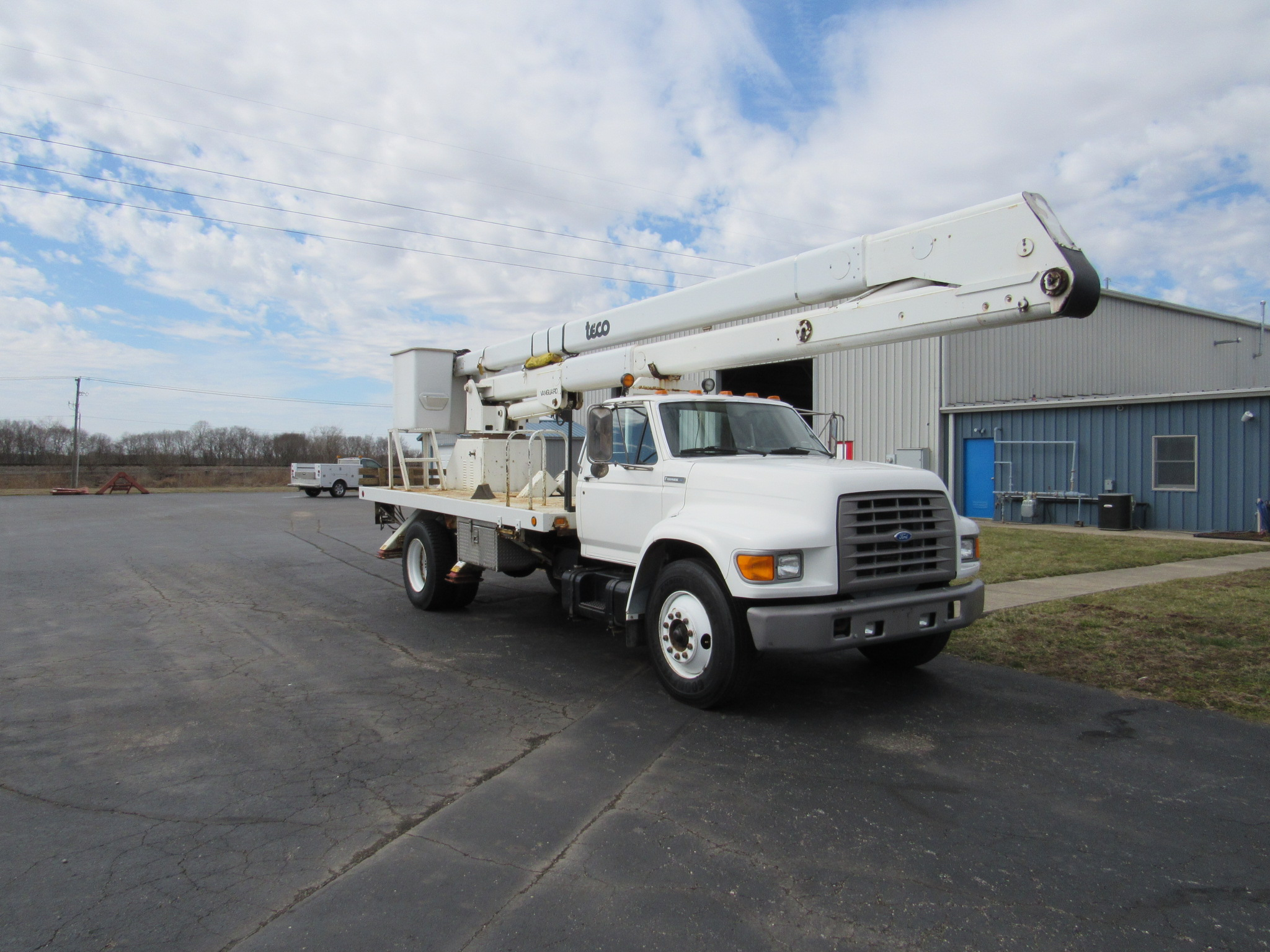 Used Bucket Trucks For Sale | Utility Truck Equipment Inc